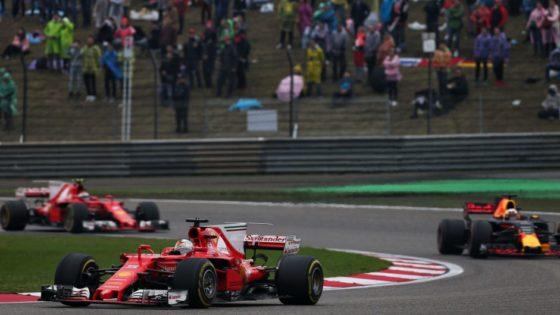 GP Kίνας: Το εντυπωσιακό προσπέρασμα του Vettel στον Ricciardo (vid)