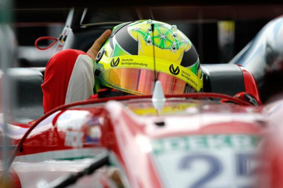 To όνομα Schumacher επέστρεψε στo βάθρο των νικητών (photo)