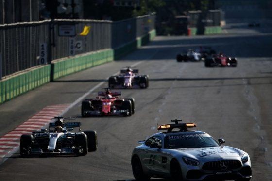 O Sainz θέλει αλλαγή στη διαδικασία επανεκκίνησης μετά από SC στο Baku
