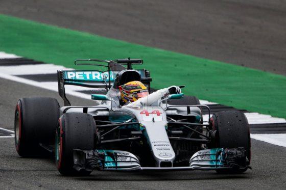 GP M. Βρετανίας Race: Απόλυτη κυριαρχία Hamilton στο δραματικό Silverstone