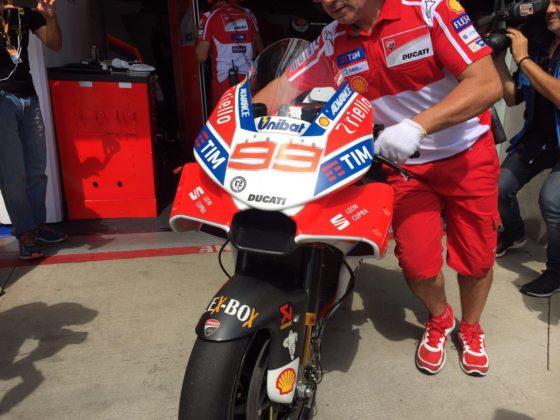 Εντυπωσιακό το νέο φέρινγκ της Ducati (pics)