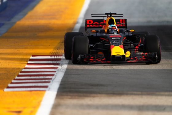 GP Σιγκαπούρης FP2: Εντυπωσιακός Ricciardo και 1-2 η Red Bull