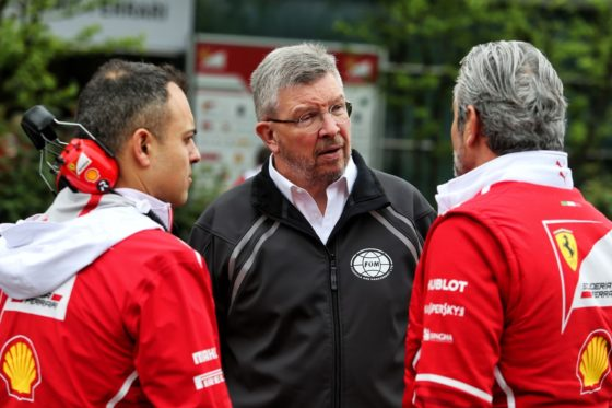 Brawn: «Δεν υπάρχει λόγος να πανικοβάλλεται η Ferrari»