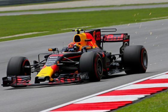 GP Μαλαισίας Race: Θρίαμβος για Verstappen – Αύξησε τη διαφορά ο Hamilton