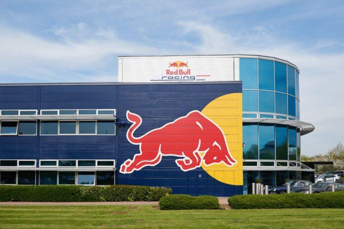 Red Bull κινητήρες